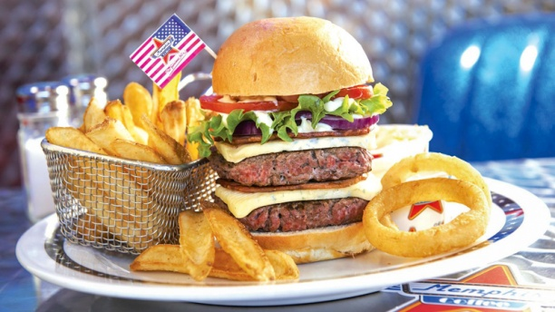 Burger français restaurant franchisé Memphis Coffee